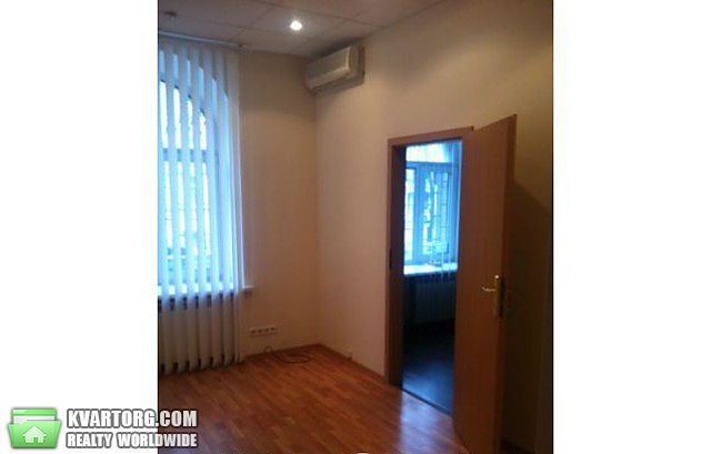 сдам офис. Киев, ул. Лютеранская . Цена: 450$  (ID 1795299) - Фото 1