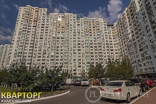 продам 3-комнатную квартиру. Киев, ул. Бажана 14. Цена: 120000$  (ID 1797455) - Фото 1