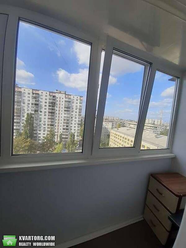 продам 1-комнатную квартиру Киев, ул. Дружбы Народов пл 5 - Фото 3