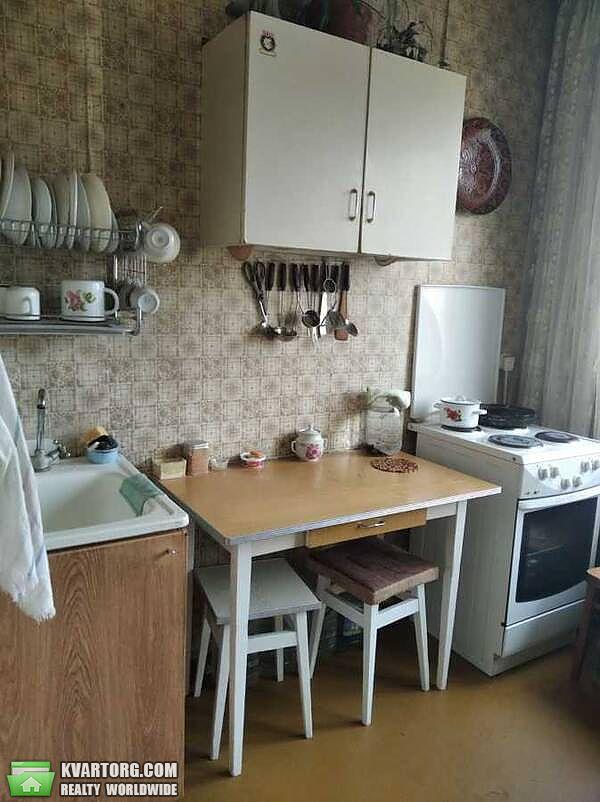 продам 3-комнатную квартиру Киев, ул. Героев Днепра 5 - Фото 1