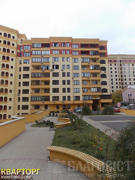 продам 4-комнатную квартиру Киев, ул. Полтавская