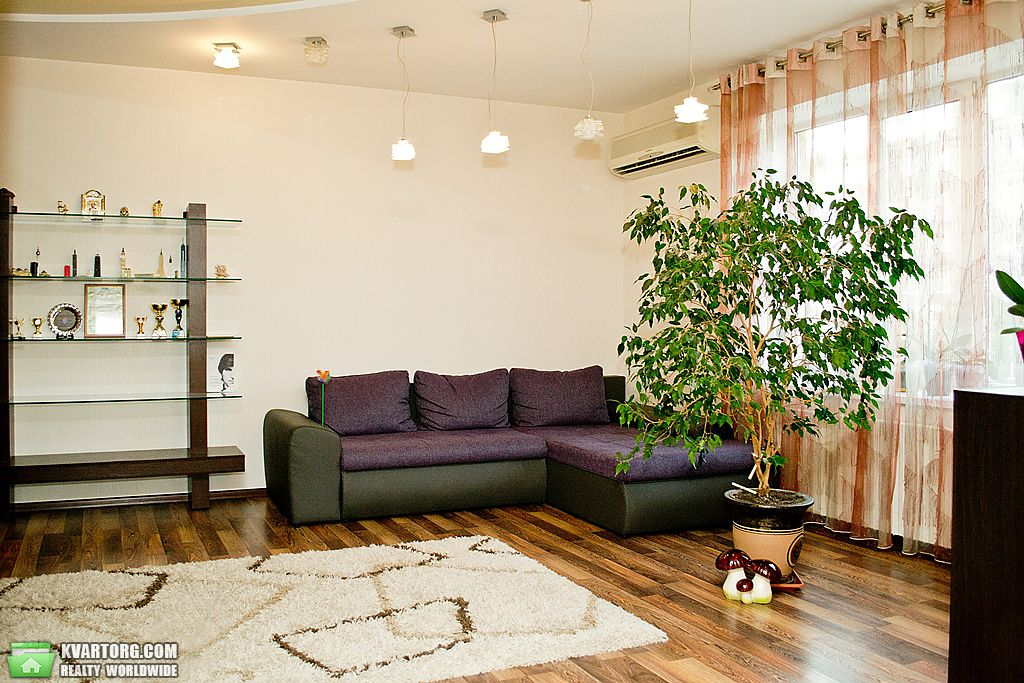 продам 3-комнатную квартиру Днепропетровск, ул. Малиновского - Фото 1
