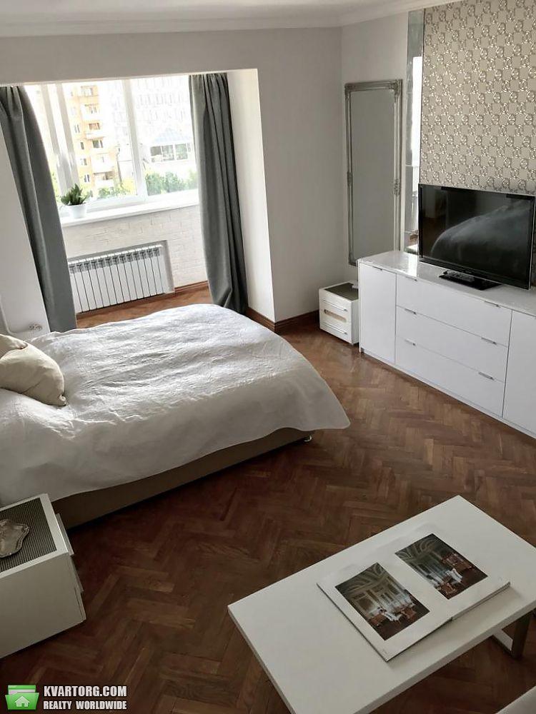 сдам 1-комнатную квартиру Киев, ул. Мазепы 12б - Фото 1