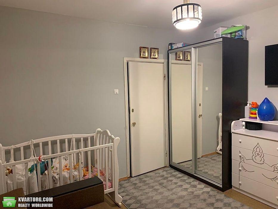 продам 2-комнатную квартиру Киев, ул. Приречная 37 - Фото 4