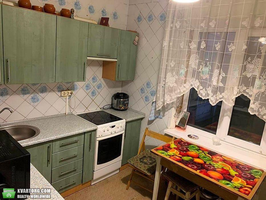 продам 2-комнатную квартиру Киев, ул. Приречная 37 - Фото 1
