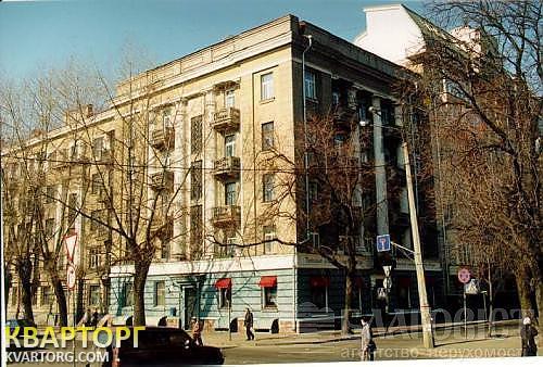продам 2-комнатную квартиру Киев, ул. Гусовского