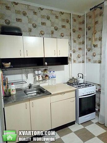 продам 1-комнатную квартиру Киев, ул. Героев Днепра 75 - Фото 1