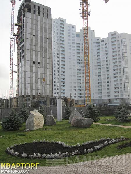 продам 1-комнатную квартиру Киев, ул. Героев Сталинграда пр