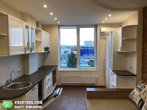 продам 2-комнатную квартиру Киев, ул. Богатырская 6а - Фото 1