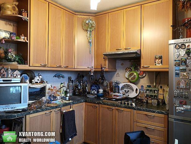 продам 2-комнатную квартиру Киев, ул. Дружбы Народов пл 3 - Фото 2