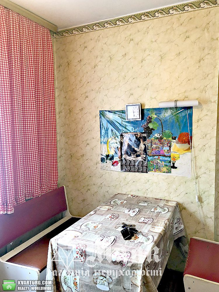 продам 3-комнатную квартиру Киевская обл., ул.Коновальца - Фото 6
