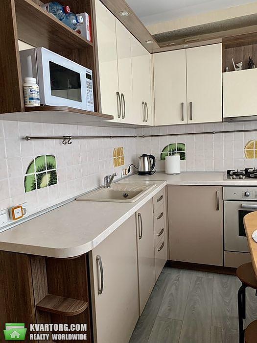 продам 2-комнатную квартиру Киев, ул. Перова бул 42а - Фото 1