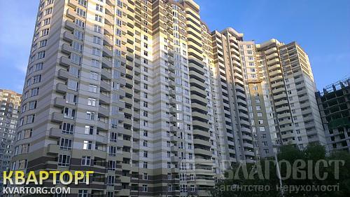 продам 1-комнатную квартиру Киев, ул. Ахматовой
