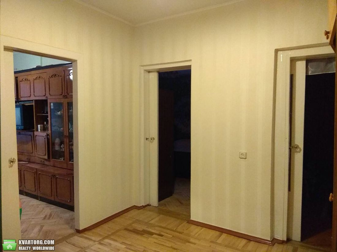 продам 3-комнатную квартиру Киев, ул. Героев Днепра 32 - Фото 2