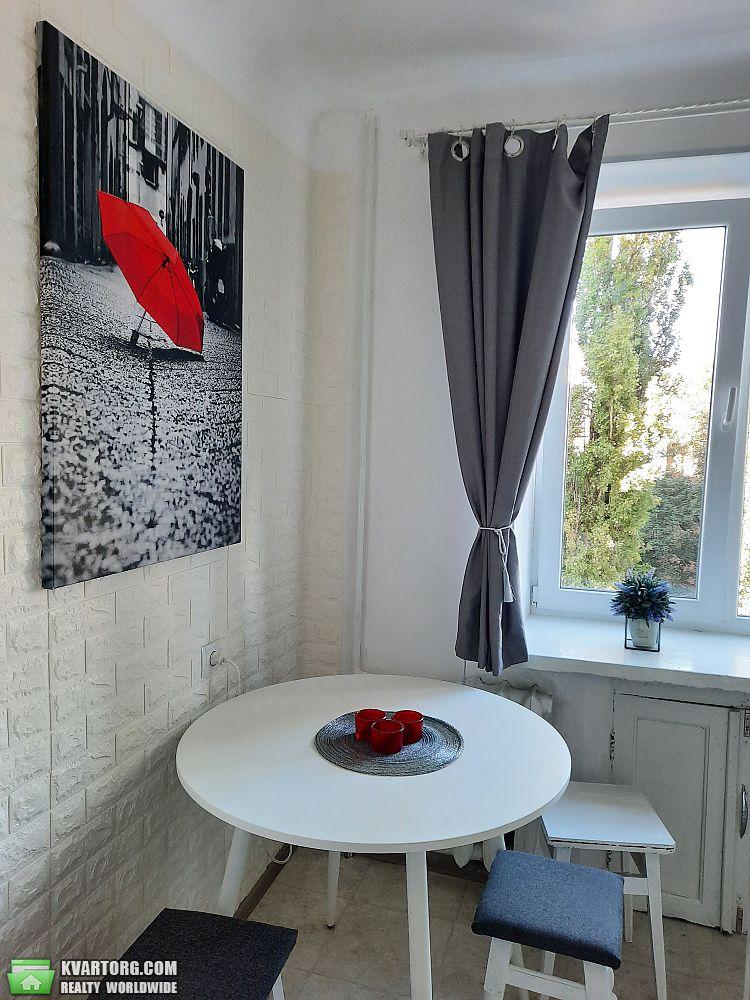 продам 2-комнатную квартиру Киев, ул.Карпинского 10 - Фото 6