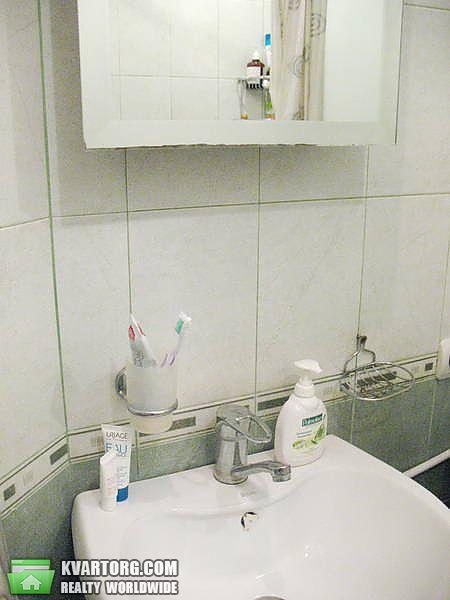 продам 2-комнатную квартиру Киев, ул. Приречная 17г - Фото 8