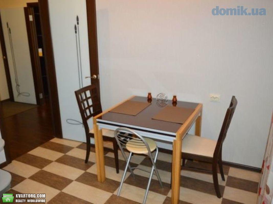 продам 2-комнатную квартиру Киев, ул. Гайдай 10а - Фото 1