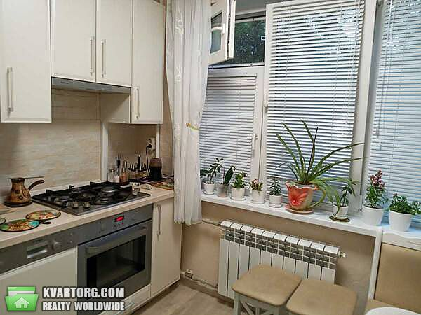 продам 3-комнатную квартиру Киев, ул. Полярная 7 - Фото 1