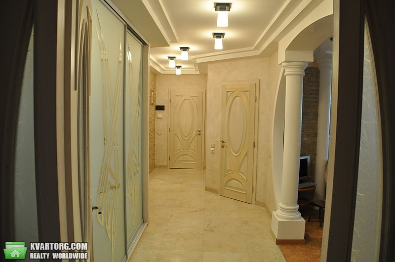 продам 3-комнатную квартиру Киев, ул. Ломоносова  52а - Фото 1