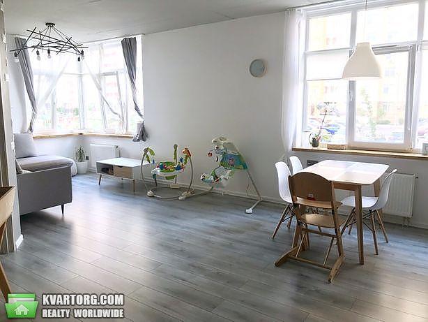 продам 2-комнатную квартиру Киев, ул. Дегтяренко 31б - Фото 2