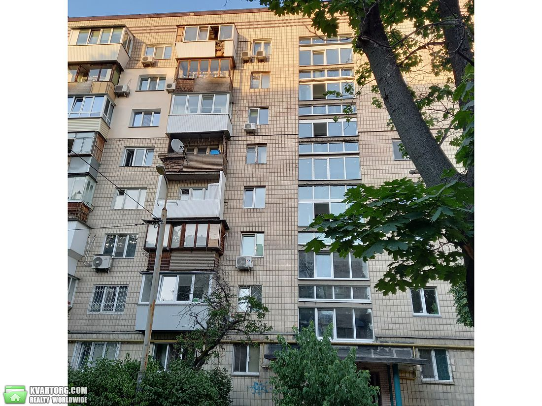 продам 2-комнатную квартиру Киев, ул.Русановская набережная 4/1 - Фото 2