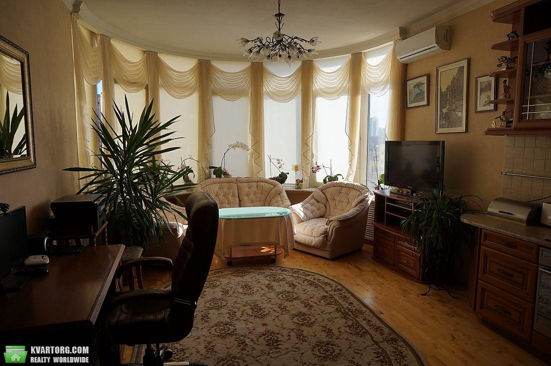 продам 2-комнатную квартиру Киев, ул. Дмитриевская 69 - Фото 1