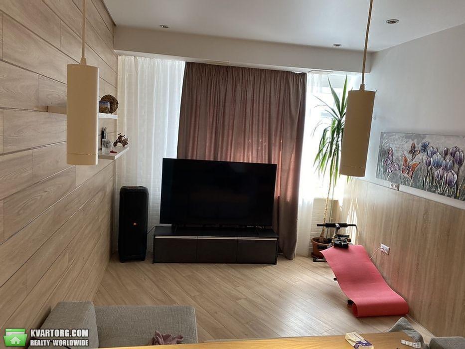 продам 3-комнатную квартиру Киев, ул. Героев Сталинграда пр 2д - Фото 4