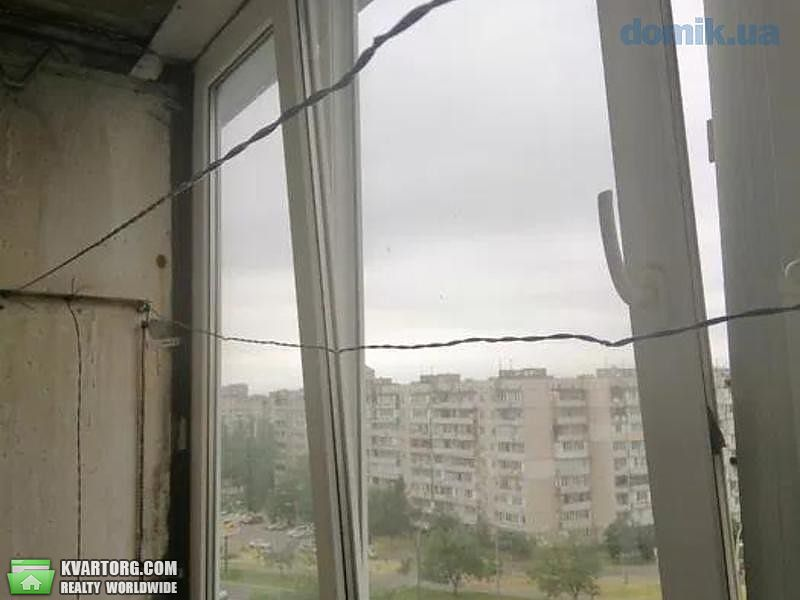 продам 2-комнатную квартиру Киев, ул. Гайдай 7 - Фото 2