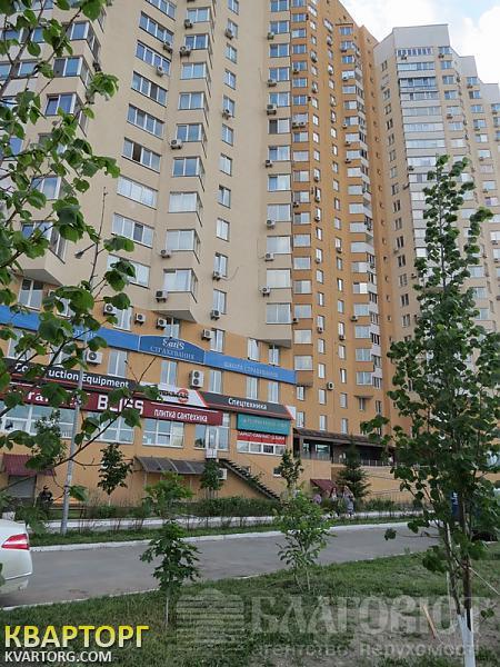 продам 3-комнатную квартиру Киев, ул. Саперно-Слободская