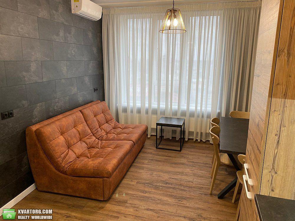 сдам 3-комнатную квартиру Киев, ул. Барбюса 28А - Фото 1