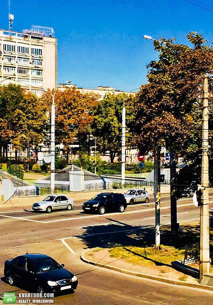 продам 2-комнатную квартиру. Чернигов, ул.Центр . Цена: 62000$  (ID 2381982) - Фото 4