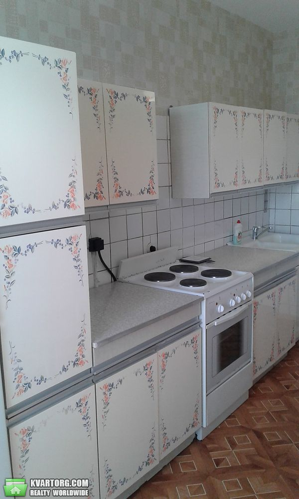 сдам 3-комнатную квартиру. Киев, ул.Болбачана Петра 4-а. Цена: 500$  (ID 2156542) - Фото 2