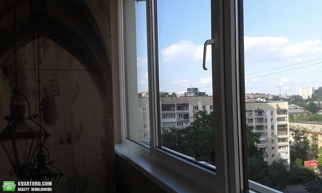 сдам 2-комнатную квартиру Киев, ул. Драгомирова 2а - Фото 4