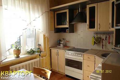продам 3-комнатную квартиру Киев, ул. Маяковского 5 - Фото 8