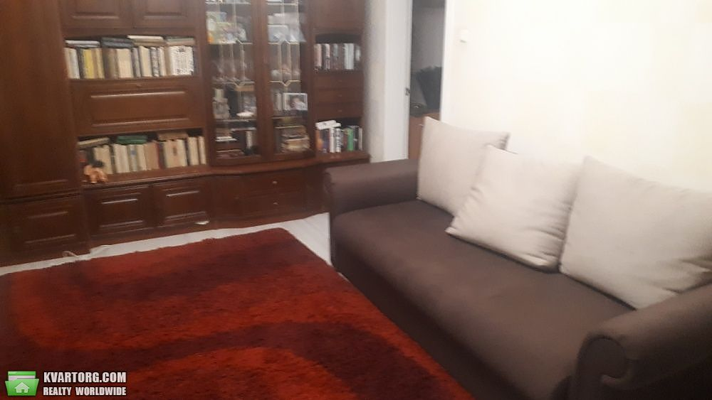 продам 2-комнатную квартиру Киев, ул. Героев Днепра 36а - Фото 1