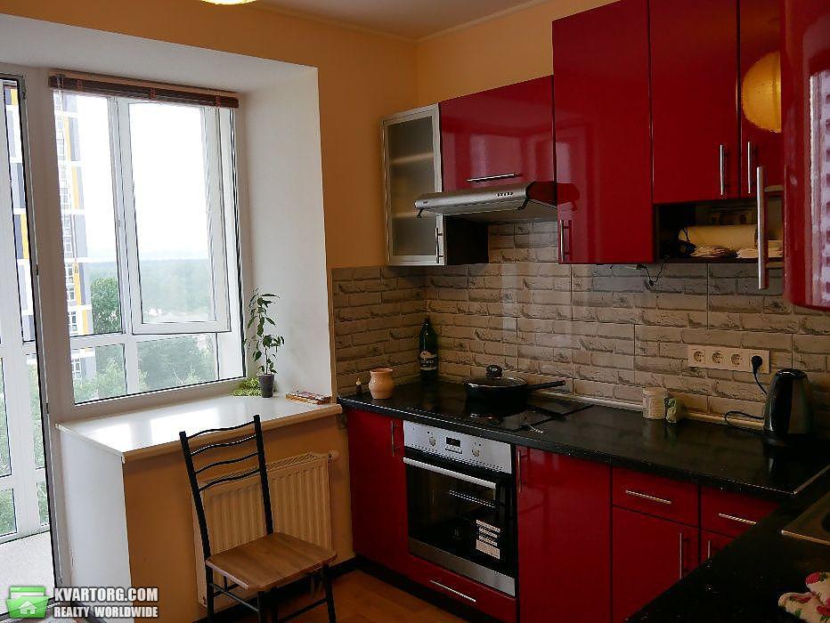 продам 1-комнатную квартиру Киев, ул. Комбинатная 25а - Фото 2