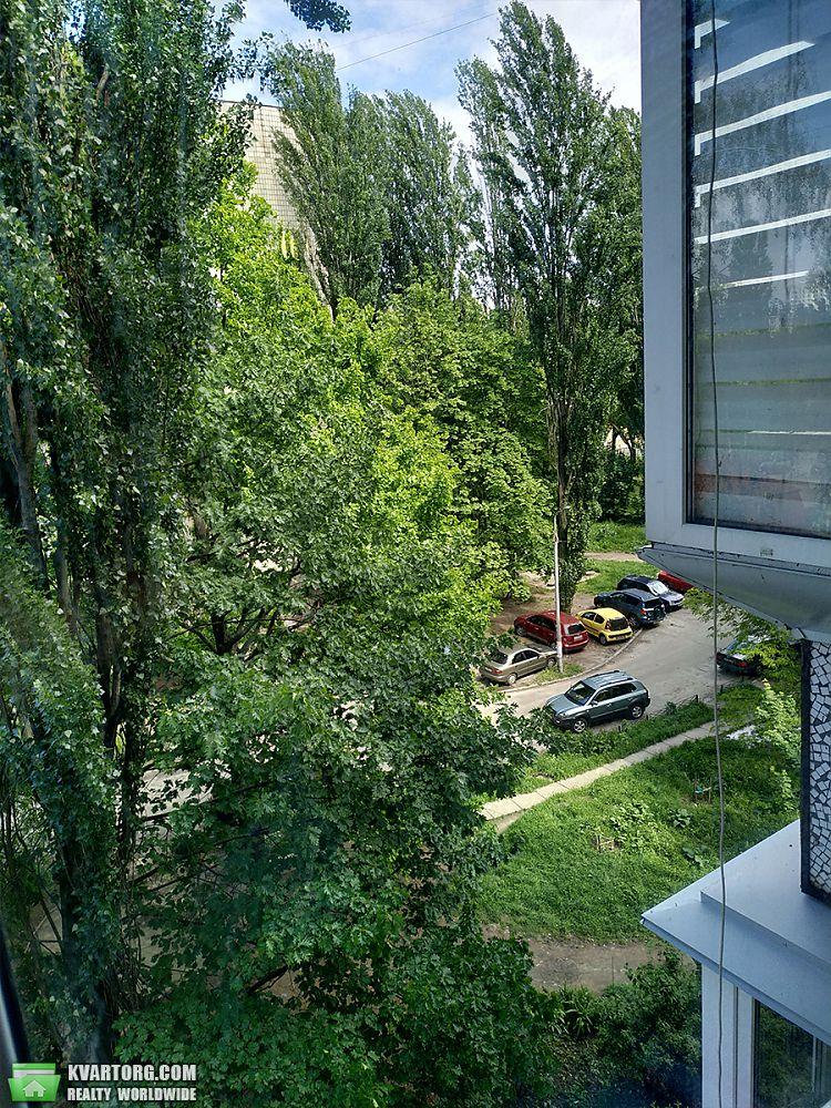продам 1-комнатную квартиру Киев, ул.Ромена Роллана 6/10 - Фото 6