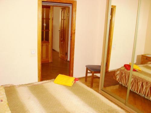 сдам 3-комнатную квартиру. Киев, ул.Малая Житомирская 10 . Цена: 120$  (ID 783410) - Фото 6