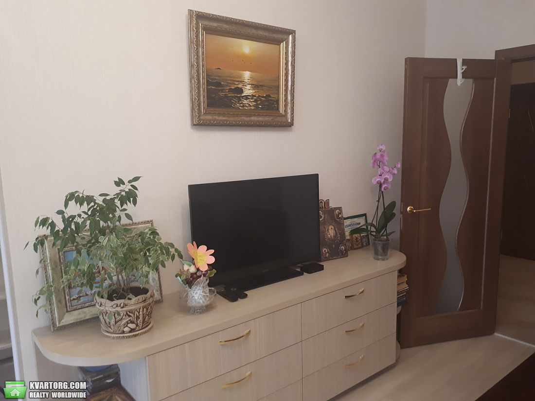 продам 3-комнатную квартиру. Киев, ул. Воссоединения пр 30. Цена: 85000$  (ID 2111840) - Фото 5