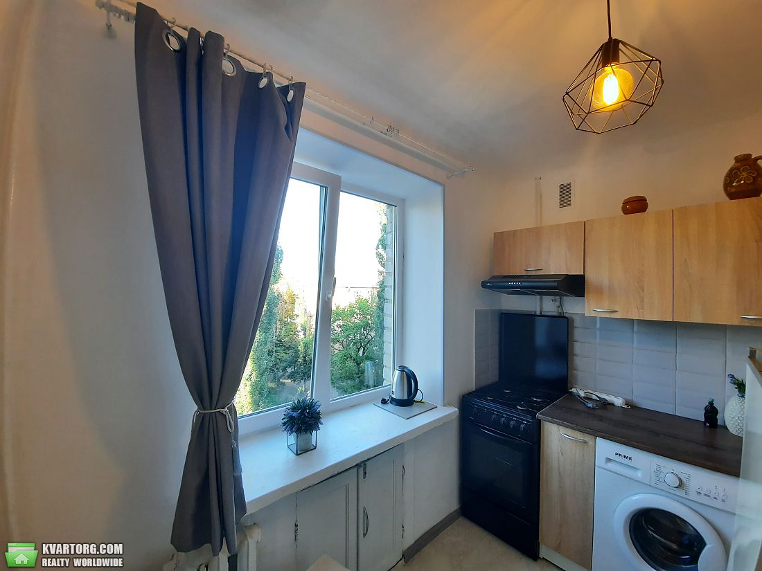продам 2-комнатную квартиру Киев, ул.Карпинского 10 - Фото 8
