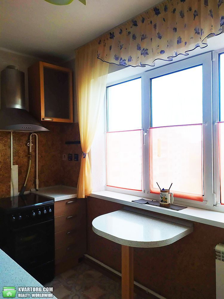 продам 1-комнатную квартиру Киев, ул. Гайдай 6 - Фото 1