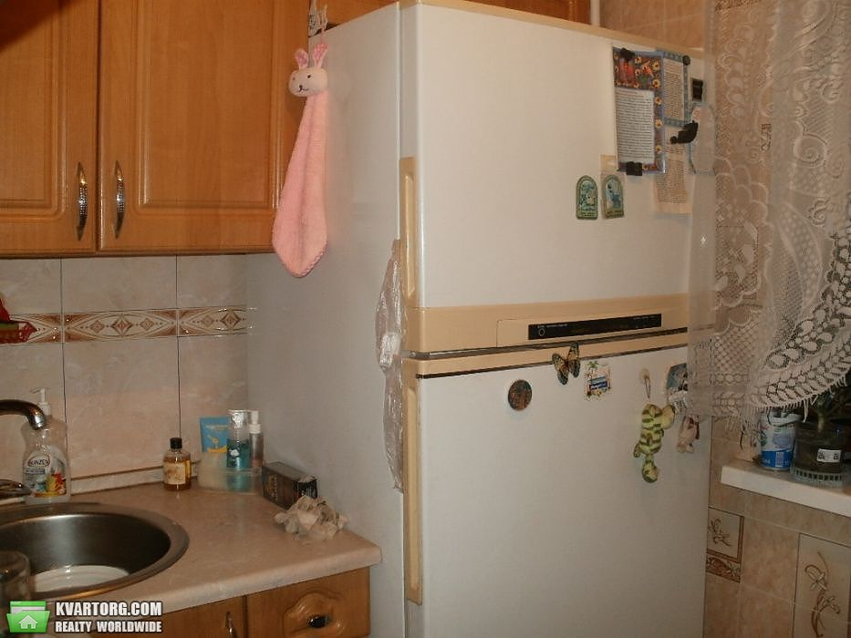 продам 3-комнатную квартиру Киев, ул.Вифлеемская 14а - Фото 1