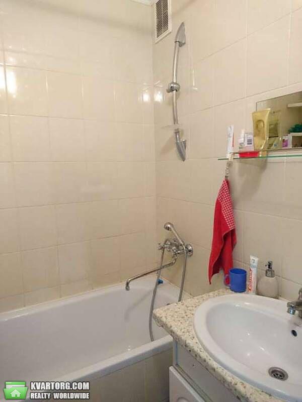 продам 3-комнатную квартиру Киев, ул. Гайдай 10 - Фото 2
