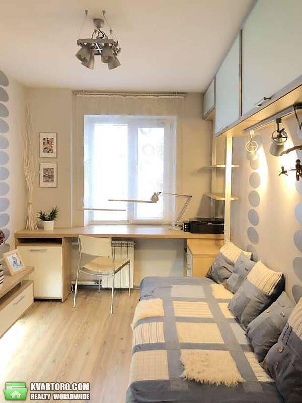 продам 3-комнатную квартиру Киев, ул. Автозаводская 5 - Фото 2