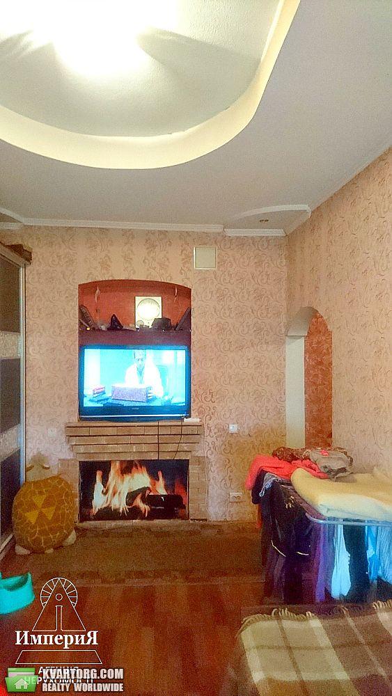 продам 2-комнатную квартиру Киевская обл., ул.Глиняная 15 - Фото 1