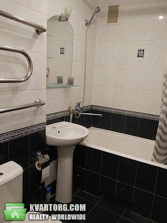 продам 2-комнатную квартиру Киев, ул. Малиновского 3а - Фото 2