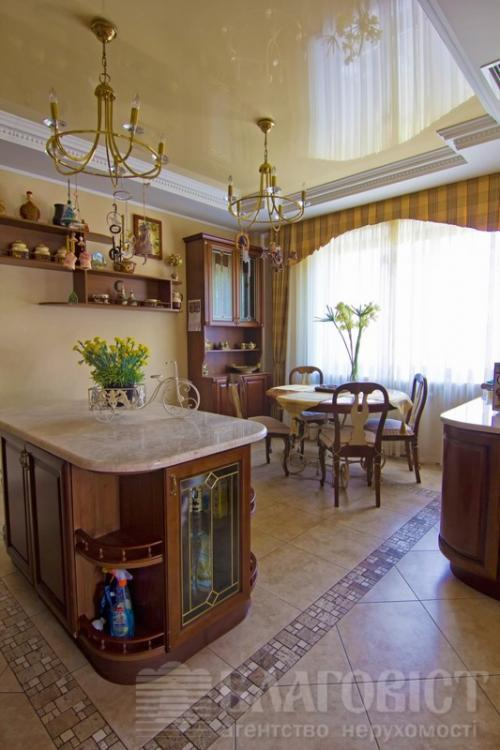 продам 3-комнатную квартиру. Киев, ул. Жилянская . Цена: 980000$  (ID 1020743) - Фото 3