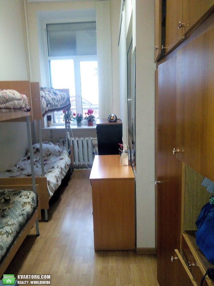 сдам место в комнате Киев, ул. Богдана Хмельницкого 26Б - Фото 1