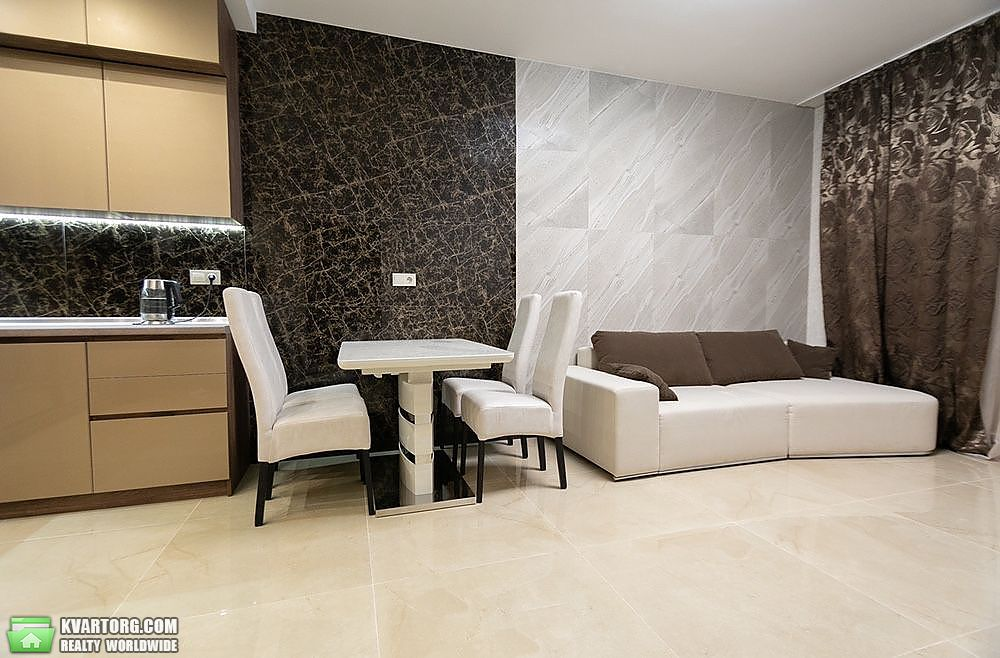 сдам 2-комнатную квартиру Киев, ул. Антоновича 44 - Фото 1