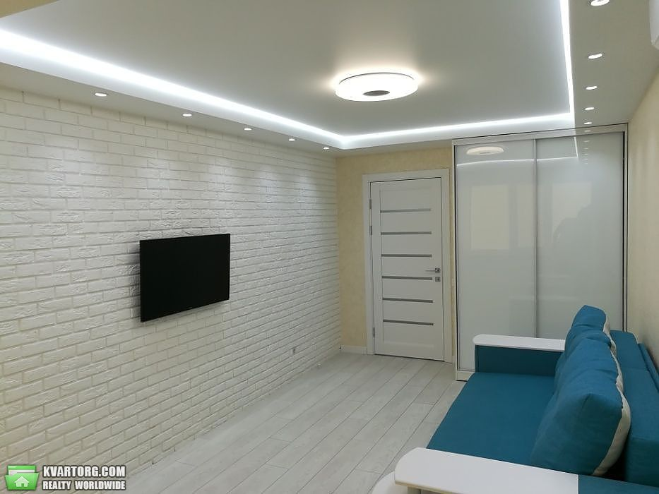 продам 2-комнатную квартиру Киев, ул. Минский пр 10 - Фото 1